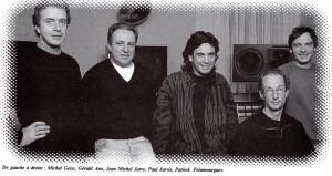 En el estudio de Jean-Michel. De izquierda a derecha Michel Geiss, Gerald Ano (casero), JMJ, Paul Jarvis (ingeniero de mantenimiento), Patrick Pelamourgues