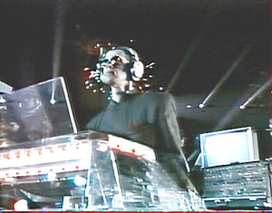 Michel Geiss con el órgano Wersi