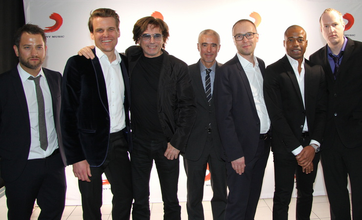 pic_sonymusicgermany_2013_001
